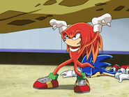 Knuckles save Sonic