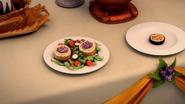 S1E05 Goat Cheese with red radicchio spread & Hempseed Quiche