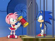 Amy uwalnia Sonica z celi ep 35