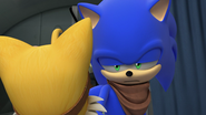 Sonic staring at Tails