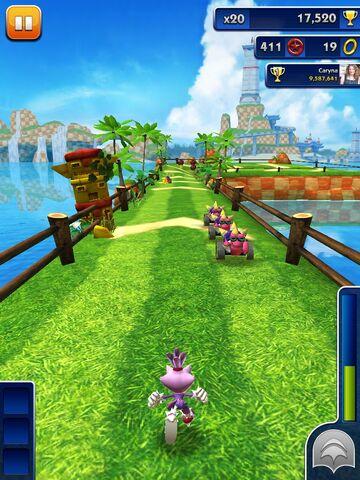 File:Blaze running in Sonic Dash.jpg
