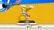 Classic Tails statue