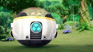 S1E15 eggmobile