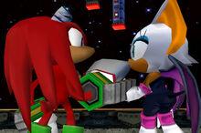 Knuckles y Rouge mirandose a los ojos después de ser salvada por Knuckles.