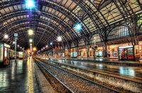 Train-station-two-hour-delay-joke