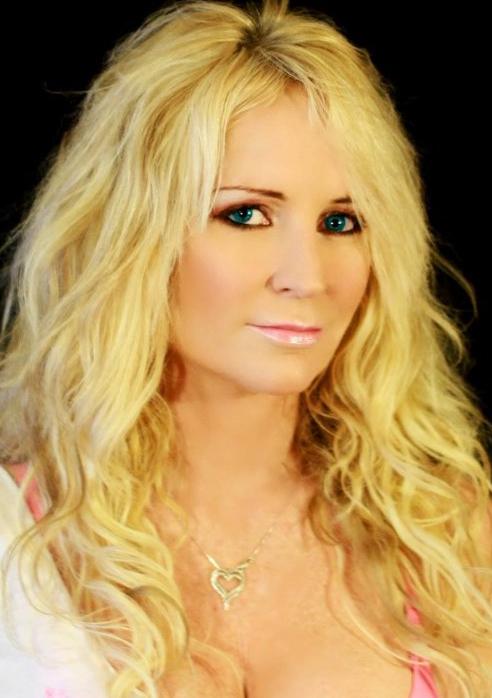 Robyn Jean Springer