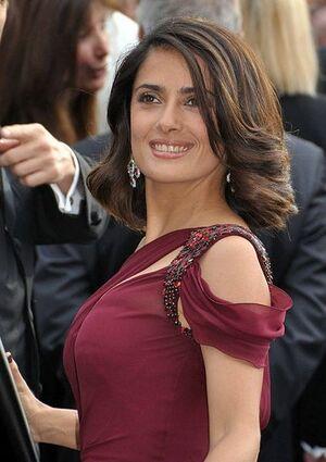 Salma Hayek Cannes 2010