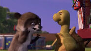 Over the Hedge Sound Ideas, TOY - SQUEEZE TOY, SQUEAKING 01