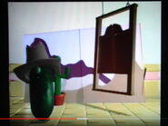 VeggieTales Hollywoodedge, Metal Hinge Creak CRT053501