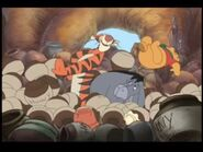 Winnie the Pooh- A Very Merry Pooh Year - Hub Cap Falls