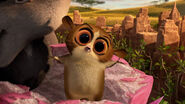 Madagascar 3 Europe's Most Wanted SKYWALKER STOMACH GROWLS