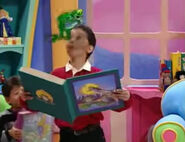 ZIP, CARTOON - QUICK WHISTLE ZIP OUT, Barney Let's Play School