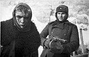 220px-Bundesarchiv Bild 183-E0406-0022-011, Russland, deutscher Kriegsgefangener