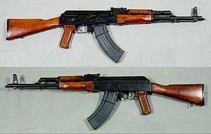 300px-AKM automatkarbin, Ryssland - 7,62x39mm - Armémuseum
