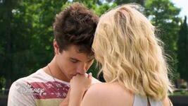 Simbar-first-kiss-06