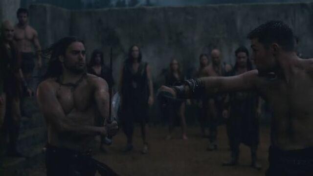 File:Spartacus-vs-gannicus.jpg