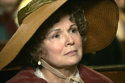 File:Becoming Jane-4-Julie Walters.jpg