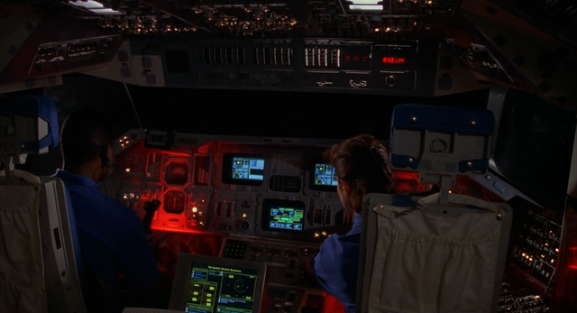 File:Space Shuttle Cockpit.png