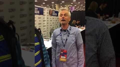 Rob Paulsen gives a shout out to Spider-Man fans at the 2018 Dallas Fan Expo