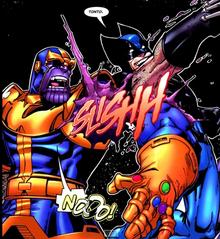 Wolverine corta el brazo de thanos