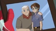 Peter Parker y Tio Ben en una fotografia - Natural Selection