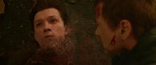 Peter se desvanece - Avengers Infinity War