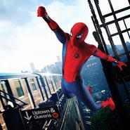 Spider-Man columpiandose