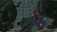 Spider Man peleando con un lagarto normal - Natural Selection