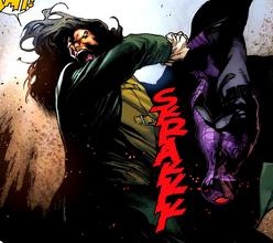 Spider-Bruce herido por Daemos