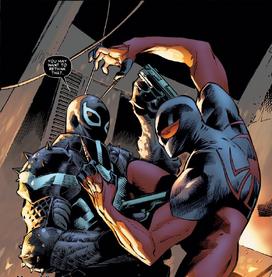 Agente Venom y Araña Escarlata