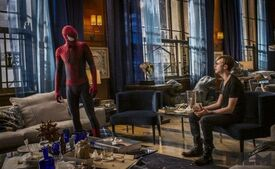 The-Amazing-Spider-Man-2-Spider-Man-Meets-Harry-Osborn-570x350