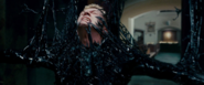 Eddie se convierte en Venom