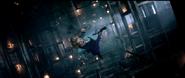 Gwen a punto de caer