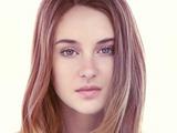 Shailene Woodley (Tierra-1218)