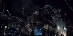 Rexy preparing for battle with Indominus rex