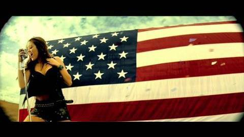 MIley Cyrus - Party In The U.S.A. - Official Music Video (HD)