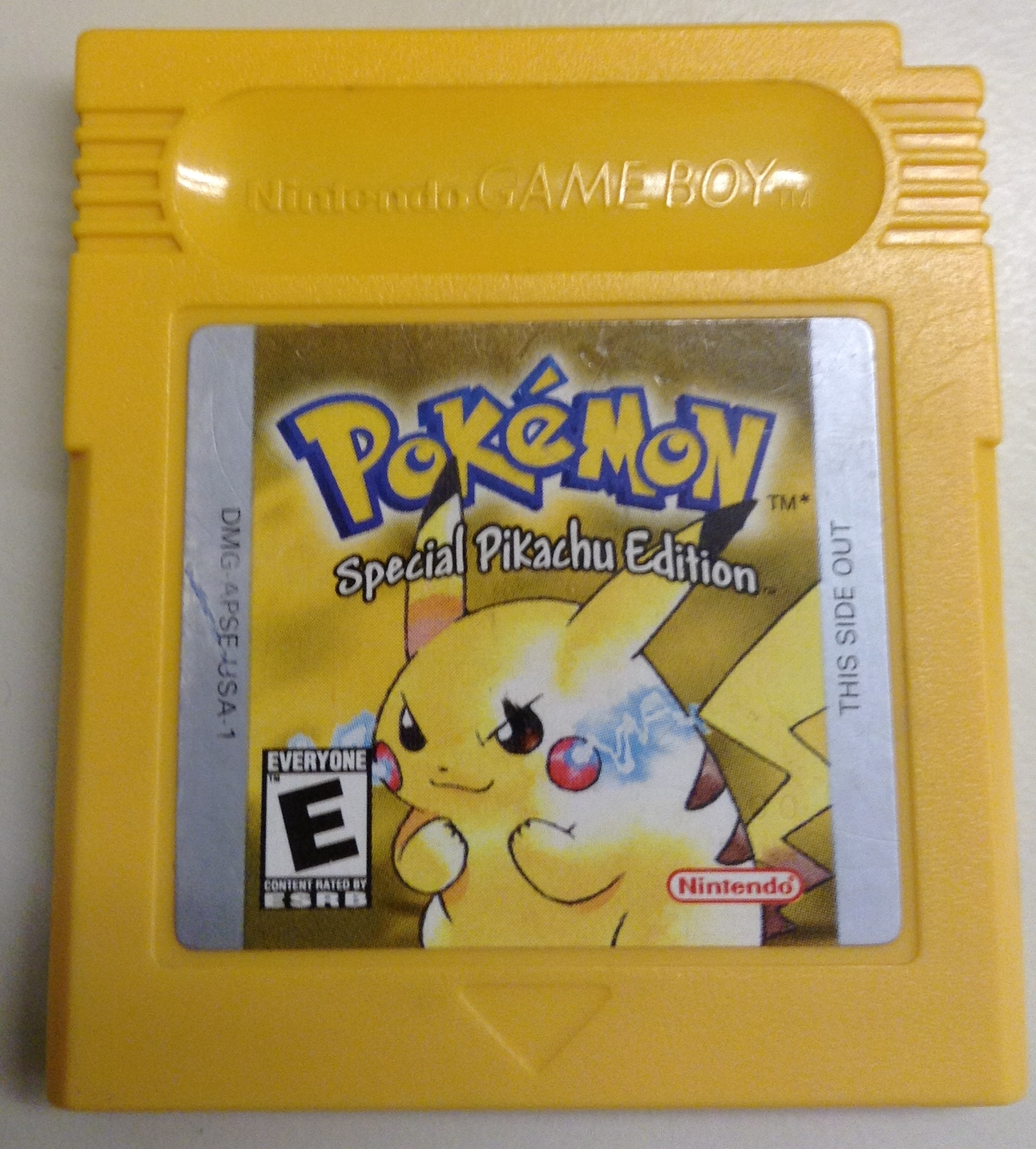Gameboy color and pokemon yellow - Img 0388