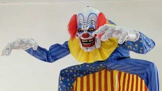 LOOMING CLOWN ANIMATED PROP MR124761