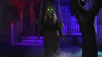 Swinging Swamp Hag - Spirit Halloween