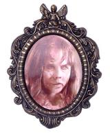 Regan Lenticular Portrait
