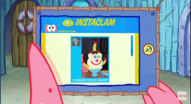 File:Patrick Star Checks His Instaclam 06.png