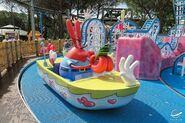 Mr Krabs statue Nickelodeon Land
