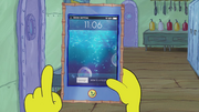 SpongeBob Checks His Snapper Chat 03