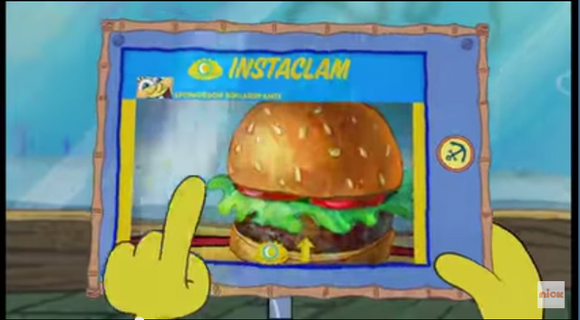 File:SpongeBob Checks His Instaclam 07.png