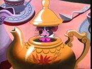 Dormouse-teapot