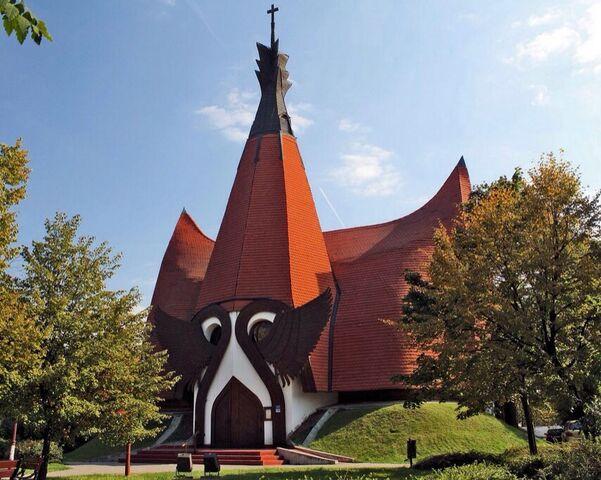 File:RealWorld Lutheran Church.jpg