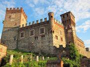 RealWorld Pavone Castle