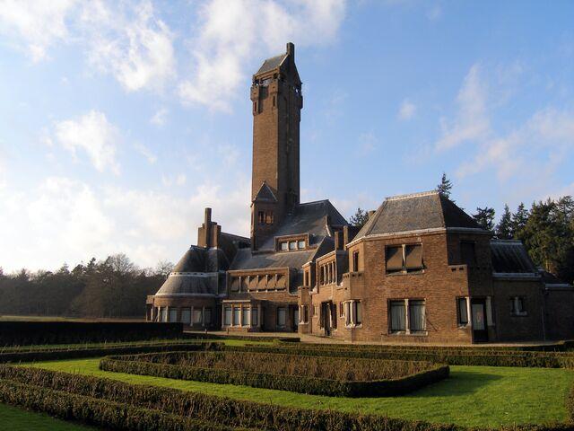 File:Jachthuis Sint Hubertus.jpg
