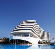 RealWorld Titanic Hotel
