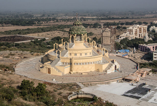 File:RealWorld Jain Temple in Palitana.jpg